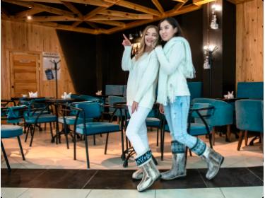 Меховые женские унты — модная зимняя обувь